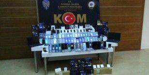 Polisten kaçak cep telefonu operasyonu
