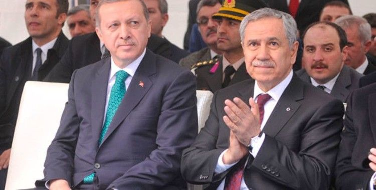 Erdoğan'dan Bülent Arınç'a tepki: Reform gündemimize yaptığımız vurgular bahane edilerek yeni fitne ateşi yakılmaya çalışıldığını görüyoruz