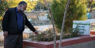 Diyarbakır'da Bülent Arınç'a tepkiler dinmiyor