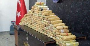 Esenyurt'ta kilere gizlenen 113 kilogram eroin ele geçirildi