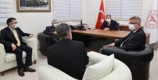 Sağlık Bakanı Fahrettin Koca İstanbul'da acil durum hastanelerini ziyaret etti