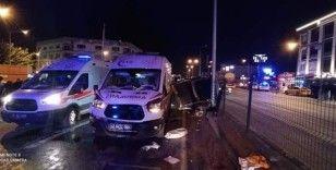 Yalova'da ambulans otomobil ile çarpıştı: 2 yaralı