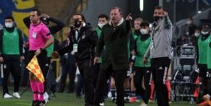 Fenerbahçe 4 gol yediği son 2 maçı da Sergen Yalçın'a karşı oynadı