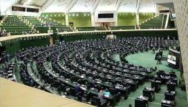 İran Meclisi'nde onaylanan kanunla cumhurbaşkanı adaylarına yeni şartlar getirildi