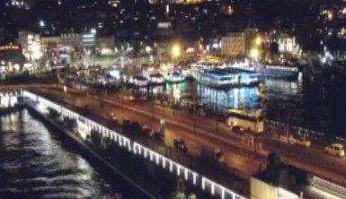 80 saatlik sokak kısıtlaması öncesi tarihi Galata Köprüsü çevresinde yoğunluk
