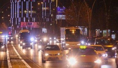 Ankara'da kısıtlamaya saatler kala yılbaşı yoğunluğu