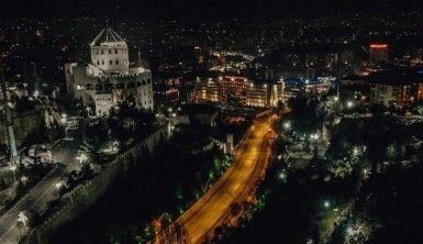 Yeni yılın ilk gecesinde Ankara'da boş sokaklar havadan görüntülendi