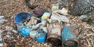Bitlis'te tespit edilen 10 sığınaktaki malzemeler imha edildi