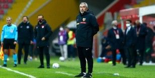 Kayserispor teknik direktör Samet Aybaba ile yollarını ayırdı