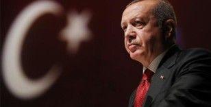 Erdoğan'dan gazetecilere: Ben gün boyunca 3 binden fazla adım atmışım, siz çok söylediniz