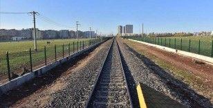 Can ve mal kaybı demir yolu etrafına çekilen çitle önlenecek