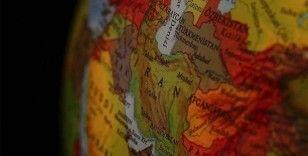 İranlı sünni alim ülkesindeki sünnilerin dini özgürlüklerinin kısıtlanmasını eleştirdi