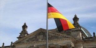 Almanya'da fabrika siparişleri 7'inci ayda da arttı