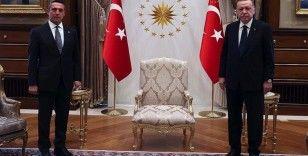 Cumhurbaşkanı Erdoğan, Fenerbahçe Spor Kulübü Başkanı Koç'u kabul etti