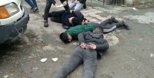 Zeytinburnu'nda çaldılar Esenyurtta satarken yakalandılar