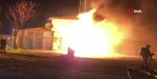 Bağcılar'da alevlerin yükseldiği trafo yangını kamerada
