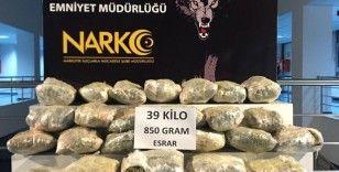 'Şırdan' bidonlarında uyuşturucu sevkiyatına tutuklama