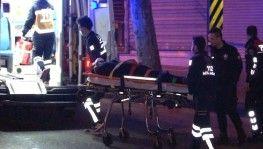 Fatih'te aşırı hız nedeniyle kontrolü kaybeden otomobil yan yattı