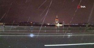 İstanbul'da beklenen yağış gece boyunca devam etti