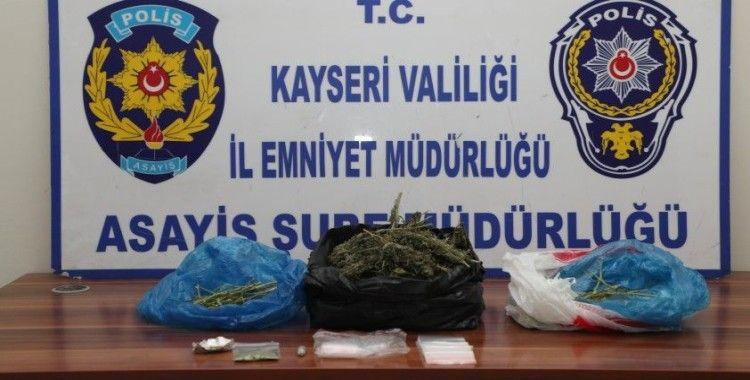 Kayseri'de 24 adrese eş zamanlı operasyon