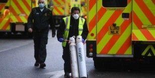 İngiltere Bilim Kurulu danışmanı, koronavirüs kısıtlamalarının artırılması çağrısı yaptı