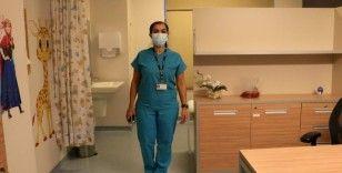 Adana'da korona virüs aşılarının yapılacağı oda görüntülendi