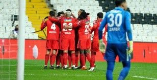 Beşiktaş, sahasında Çaykur Rizespor'u 1-0 yenerek çeyrek finale yükseldi