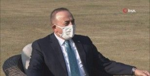 Bakan Çavuşoğlu, Pakistan Başbakanı Khan ile görüştü