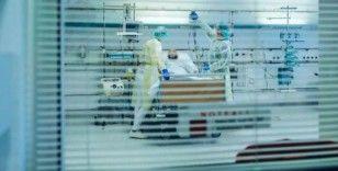 İngiltere'de sağlık çalışanlarının yarısının ruh sağlığı bozuldu