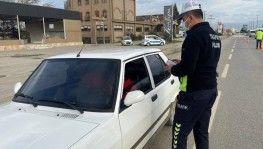Düzce'de 35 sürücüye 5 bin TL'lik cam film cezası