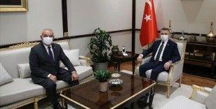 Cumhurbaşkanı Yardımcısı Oktay, DSP Genel Başkanı Aksakal'ı kabul etti