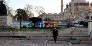 Balkanlar'dan gelen soğuk hava ile Edirne 'meşhur ayazına' kavuştu