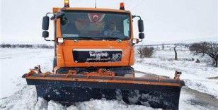 Ankara Büyükşehir Belediyesi 7/24 kar mesaisini sürdürüyor