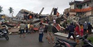 Endonezya'daki depremde ölü sayısı 42'ye yükseldi