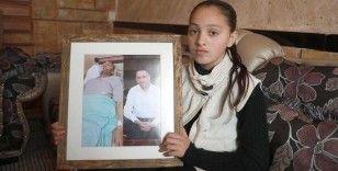İsrail'in tutukladığı oksijen tüpüne bağlı kanser hastası Filistinli Ebu Ahur'un hayatından endişe ediliyor