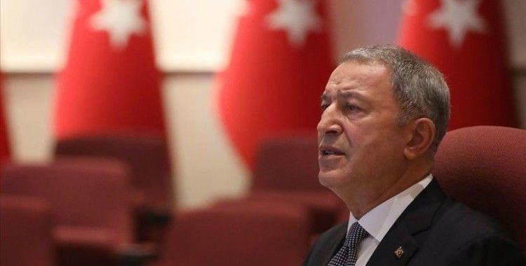Bakan Akar, Irak Başbakanı Mustafa Kazımi ile görüştü