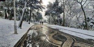 Yıldız Parkı'ndan masalsı kar manzaraları havadan görüntülendi