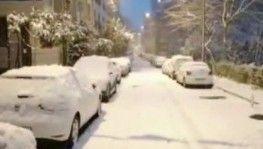 İstanbul'da erken saatlerde etkili olan kar yağışı şehri beyaz örtü altında bıraktı