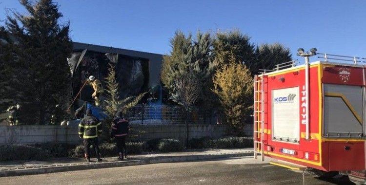 Fabrika trafosunda çıkan yangın korkuttu
