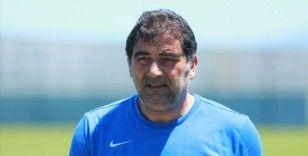 Göztepe, Ünal Karaman'la 2,5 yıllık sözleşme imzaladı