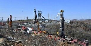 Çin'de mahsur kalan madencileri kurtarmak 15 gün daha sürebilir