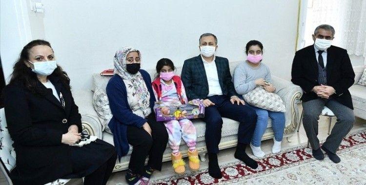 Vali Yerlikaya: 2020 yılında ihtiyaç sahibi 291 bin 283 aileye yardım yapıldı