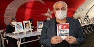 Evlat nöbetindeki baba Diyarbakır annelerinin yaşadıklarını kitaplaştırdı