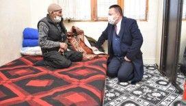 Bağlar Belediye Başkanı Beyoğlu'ndan, yaşam hikayesi yürek sızlatan İbrahim amcaya destek