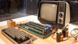 Apple'ın ilk bilgisayarı 10 milyon 658 TL'ye satışa çıkarıldı