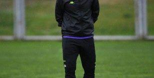 Bursaspor Teknik Direktörü Mustafa Er, İHA'ya özel açıklamalarda bulundu: