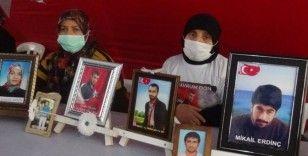 Evlat nöbetindeki aileler, çocuklarına kavuşma ümidiyle 529 gündür eylem yapıyor