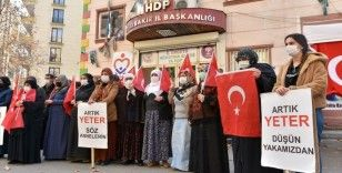 Diyarbakır annelerinden Gara'da 13 Türk vatandaşını şehit eden PKK'ya tepki: Bu saldırı tüm insanlığa yapılmıştır