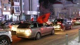 Kosova'da Covid-19 salgınına rağmen seçim zaferi kutlandı