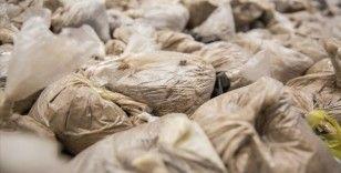 İran'da son 11 ayda 950 ton uyuşturucu ele geçirildi
